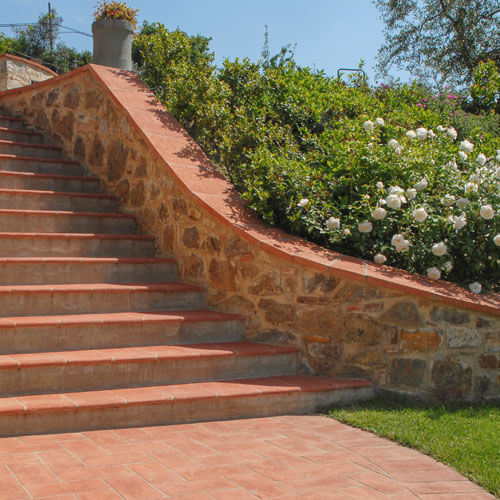 Flooring & Pavers – Terra Cotta Pots