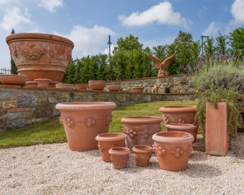 Using Clay Planters To Enhance Your Garden