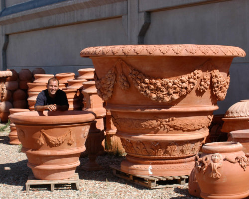 How to Clean Terracotta Garden Pots