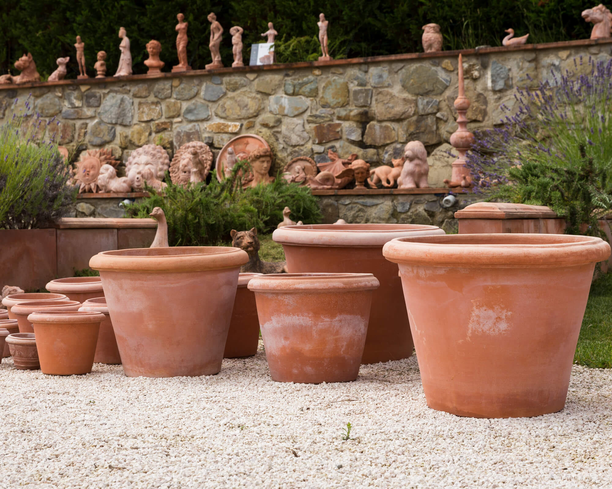 Why Is Terracotta Pottery the Best Option?