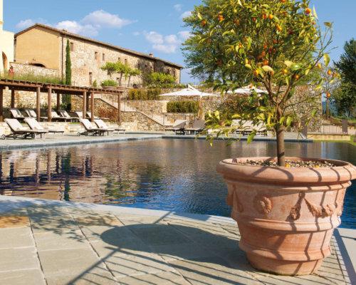 Terra Cotta Clay Pots in Your Pool Design